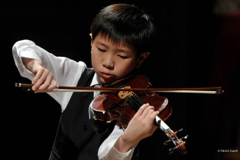 """Oltre 100 giovani violinisti per la XXII edizione del Concorso """"Postacchini"""""""