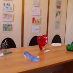 Opere esposte a Casteggio 2 ( PV) – Casteggio- Museo Oltrep+¦ Pavese -sorellastre- scarpetta-  cuore – zucca- Musiculturaonline