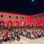 Pubblico-cortile di Rocca Costanza Musiculturaonline