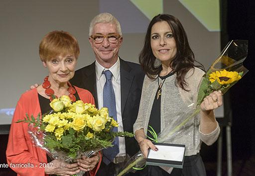 Modena: la giovane attrice Roberta Caronìa si aggiudica il Premio Virginia Reiter