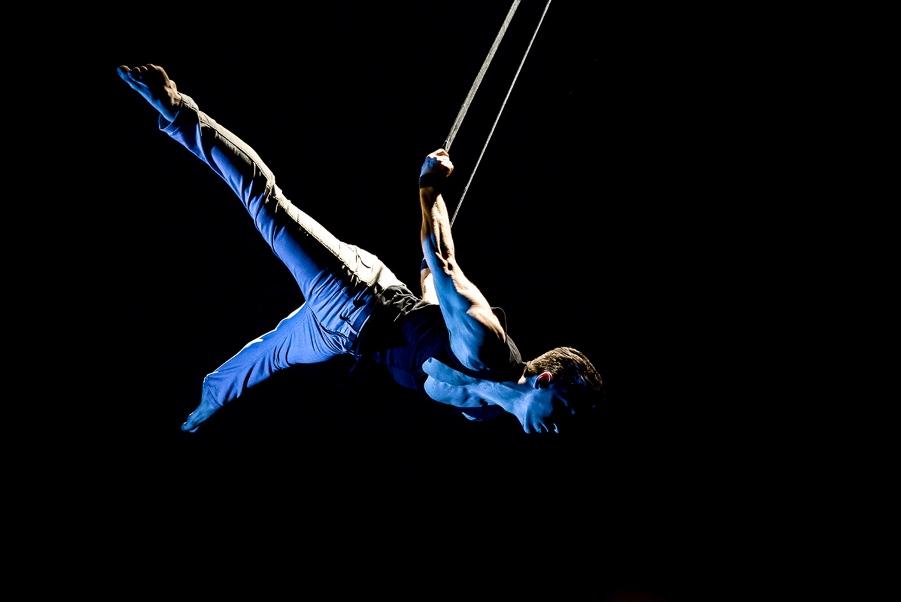Kabaret Vertigo: il circo arriva in teatro con Civitanova Danza tutto l'anno