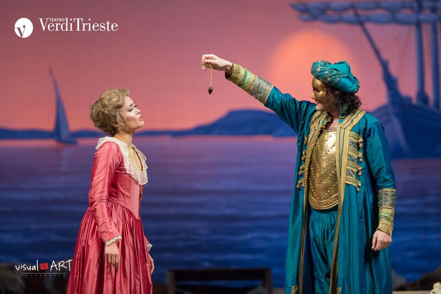 """Elegantissima edizione di """"Così fan tutte"""" a Trieste"""