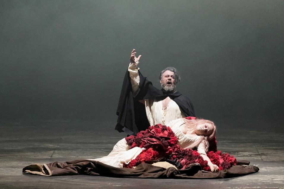"""Bel """"Rigoletto"""" al Teatro Regio di Torino"""
