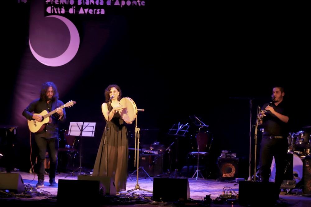Premio Bianca D'Aponte per cantautrici. Iscrizioni entro il 27 aprile