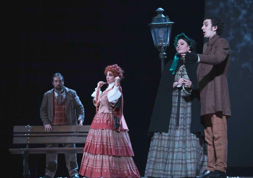 """Tradizione, alta qualità e applausi per la """"Bohème"""" di Civitanova Marche"""