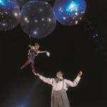 12. Lucas Saporiti Helium Dance_ Costumes Dominique Lemieux 2015 Cirque du Soleil Photo 1 Musiculturaonline