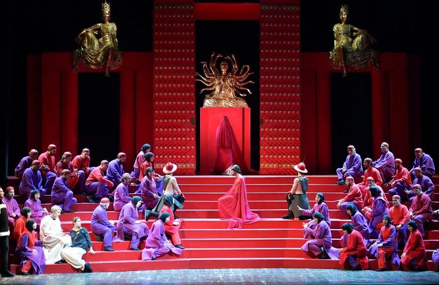 """Gran bella messa in scena di """"Turandot"""" al Pergolesi di Jesi"""