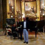 Il prof. Marco Rapattoni al pianoforte ed il tenore Danilo Formaggia (L'alba separa la luce dall'ombra di Francesco Paolo Tosti) ad Amandola
